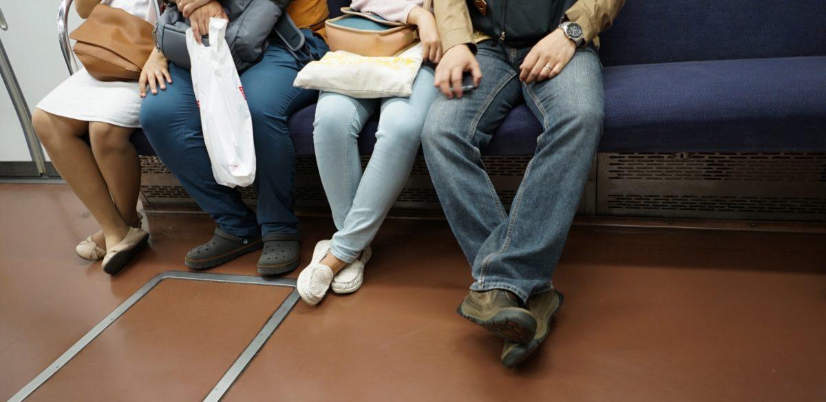 電車内のトラブルはある!対処法や回避する為に出来るコトとは